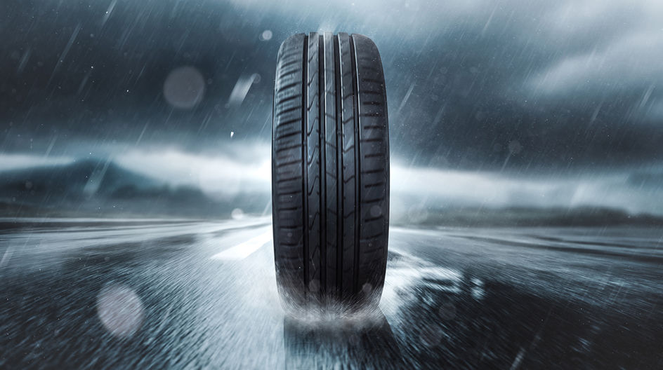 ULTRASIL® 7800 GR by Evonik is a tailor-made silica for extra-large SUV tires, as well as for heavily used all-season tires.